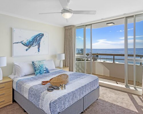 13b-2-bed-pano-view-holiday-apartment-mooloolaba (5)