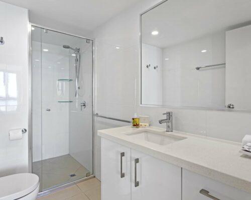 13b-2-bed-pano-view-holiday-apartment-mooloolaba (6)