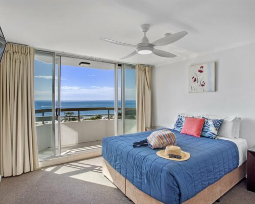 9c-1-bed-oceanview-mooloolaba-accommodation (2)