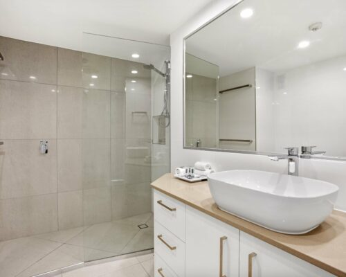 9c-1-bed-oceanview-mooloolaba-accommodation (3)