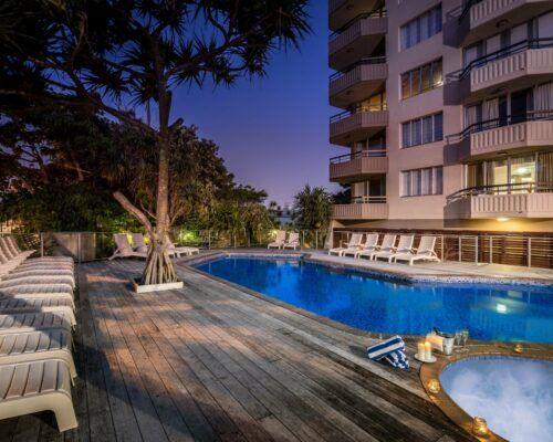 newport-mooloolaba-accommodation-dusk (2)