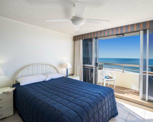 u14b 2 bed pano view mooloolab beach (12)