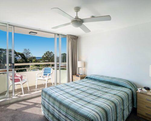 u4c 2 bed pool garden mooloolaba beach (12)