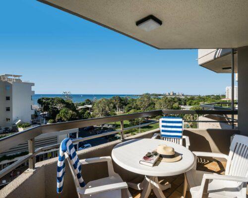 u6b 2 bed oceanview mooloolaba accommodation (12)