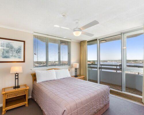 u7d 3 bed oceanview mooloolaba-accommodation (14)