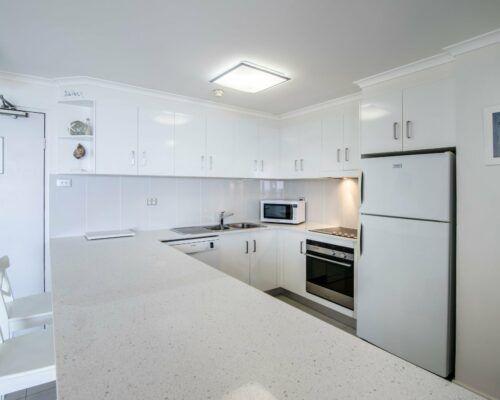 u8b 2 bed oceanview mooloolaba accommodation (12)