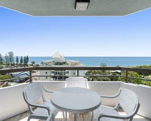 u9b 2 bed oceanview mooloolaba accommodation (1)