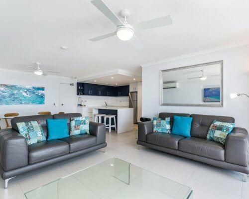 u9b 2 bed oceanview mooloolaba accommodation (2)