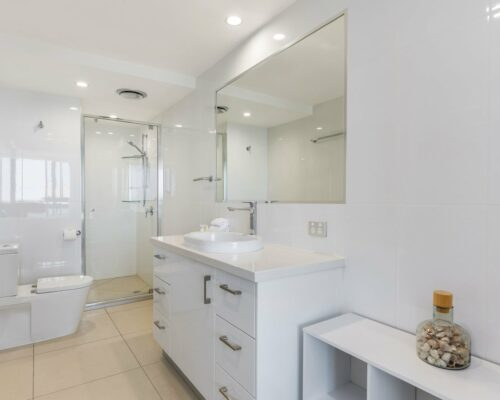 u9b 2 bed oceanview mooloolaba accommodation (6)