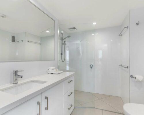 u9b 2 bed oceanview mooloolaba accommodation (7)